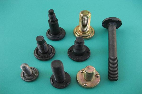 各zhong焊接luo栓